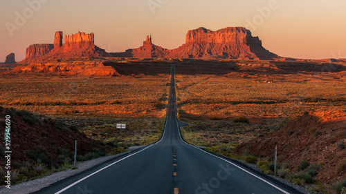 Photo Sunrise Road