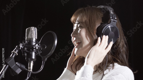 Fényképezés 歌手 収録 レコーディング