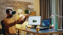 Engineer With Virtual Reality ...
