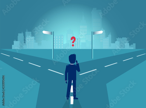 Photo Vector of a business man standing at crossroads feeling confused trying to make