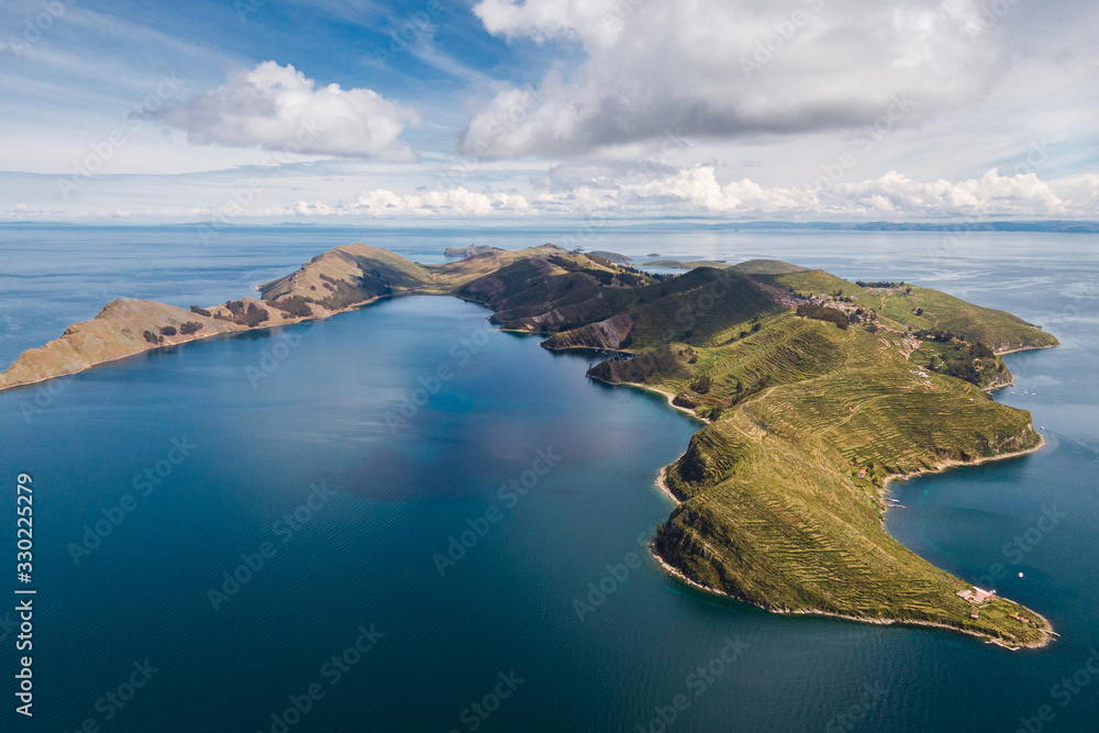 Fototapeta Aerial view of Island of the Sun (Spanish: Isla del Sol ) on Lake Titicaca, the highest navigable lake in the world, in Bolivia, South America.