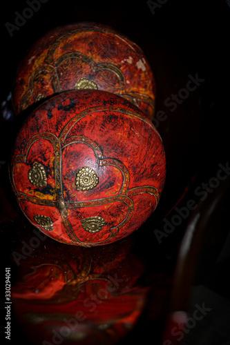 Bolas de madera artesanas Canvas Print