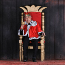 Old King With A Crown On The R...
