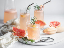3 Glasses Of Grapefruit Cockta...