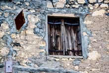 Window And Geometric Plates
