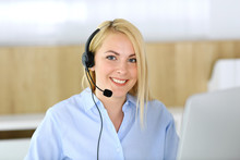 Call Center. Blonde Business W...