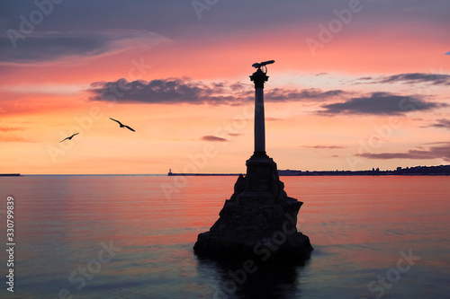Obraz na plátně Monument to the scuttled ships built in 1905 at sunset