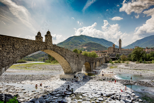 Photo medieval bridge in Bobbio Italy