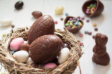 Delicious Chocolate Eggs And E...