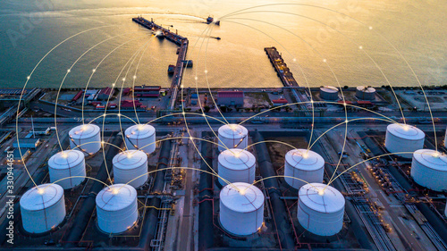 Carta da parati Tank farm storage chemical petroleum petrochemical refinery product at oil storage terminal company, Business commercial trade fuel and gas power and energy transport