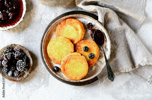 Fototapeta  Gluten-free cheese pancakes with blueberries, breakfast obraz