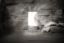 Empty Tomb While Light Shines ...