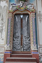 Silver Door Of Wat Pariwat (Beckham's Temple) In Bangkok City, Thailand. Religious Traditional National Thai Architecture. Landmark, Sight, Architectural Monument Of Bangkok, Thailand. Asian Temple