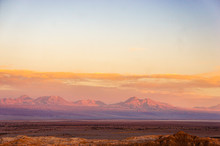 Pôr Do Sol Incrível Na Monta...