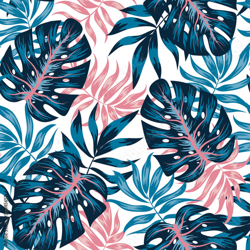 Tapeta do przedpokoju  tropical-seamless-pattern-with-blue-and-pink-leaves-and-plants-on-white-background-illustration