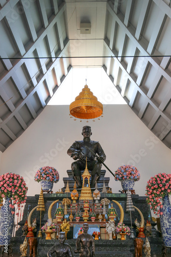 Taksin the great statue in public temple of Ayutthaya province Wallpaper Mural