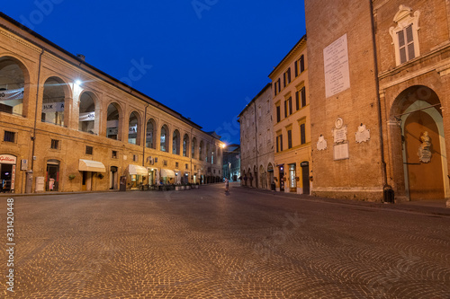 Photo Fabriano, Marches, Italy: historic buildings by night