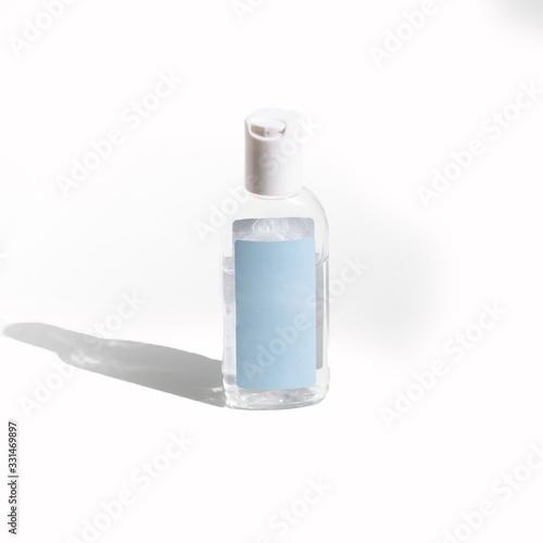 Foto bouteille de gel hydro alcoolique de protection pour le covid 19