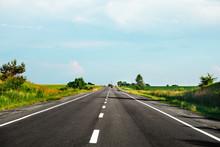 Speed Highway. Asphalt-paved R...