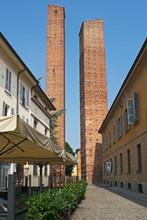 Medieval Towers, Pavia, Lombar...