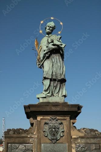 Photo プラハ カレル橋 聖人像