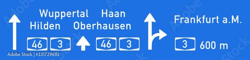 Hinweistafel auf BAB 46 Richtung Wuppertal, Nachbildung, Zeichnung Wallpaper Mural