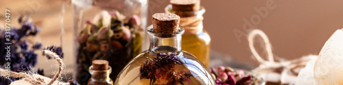 Photo Concept of natural organic oil in cosmetology