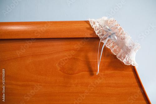 liguero de mujer de color blanca con lazo azul clarito típica de una novia el dí Canvas Print