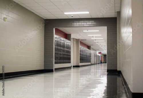 Fototapeta Empty school hallway