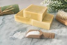 Handmade Natural Soap Bars Wit...