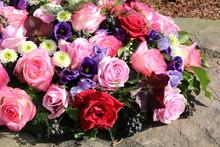 Blumen Nach Beerdigung Auf Dem...