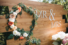 Beautiful Floral Wedding Deco...