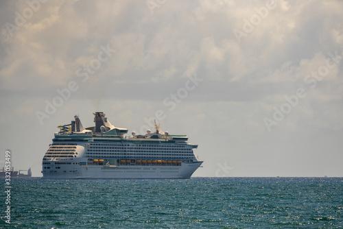 Fotografering Photo of Adventure of the Seas departing Fort Lauderdale FL