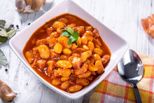Baked Beans In Tomato Sauce Wi...