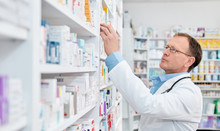 Pharmacist Working In A Drugst...