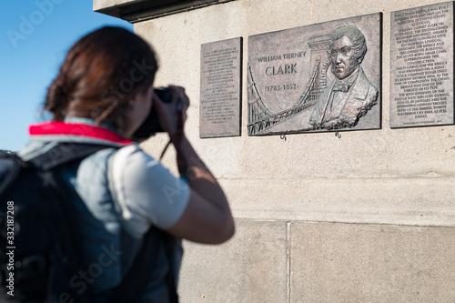 Tablou Canvas William Tierney Clark commemorative plaque, designer of the Chain Bridge opened