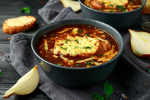 French Onion Soup With Cheese ...