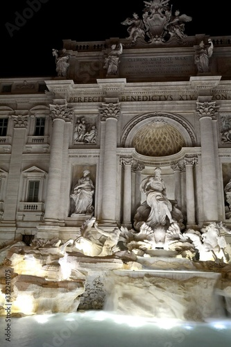 The Trevi Fountain is a miracle of architecture and one of the most famous sights of Italy. In niches located on the sides of Neptune, there are allegorical figures, and on top - bas-reliefs.