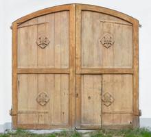 Beautiful Old Barn Door At A F...