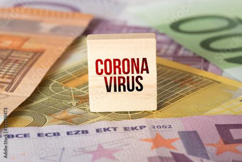 Fototapeta Euro Geldscheine und Coronavirus obraz