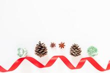 Christmas Present Decorating E...