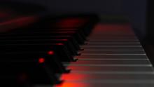 Piano In Motion, Piano