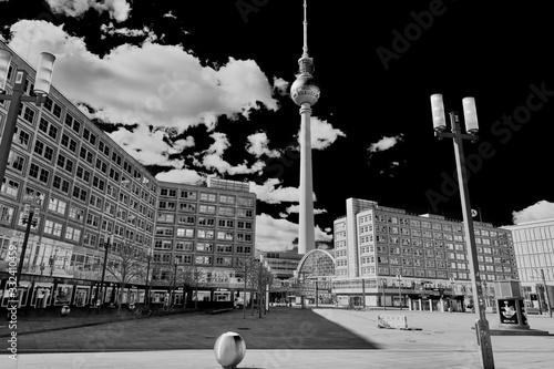 Photo Empty Alexanderplatz in Berlin during corona virus covid19 pandemic in 2020