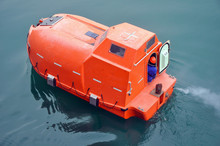 Life Boat For Emergency Use To...