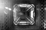 Fototapeta Wieża Eiffla - Wierza eiffla zdjęcie od dołu
