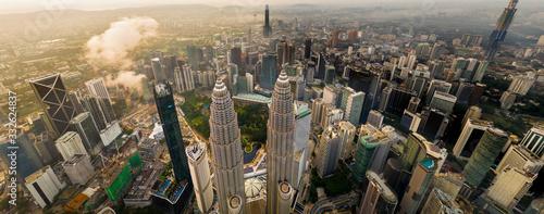 Fotografia Aerial view of Petronas Twin Towers