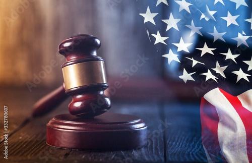 Wooden judge gavel and american flag Fototapet