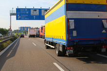 Lorries Parking On Emergency L...