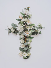 Creative Easter Layout With Fl...