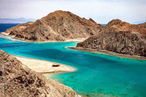 Photo Scenic view of the Fjord Bay in Aqaba Gulf, Taba, Egypt.